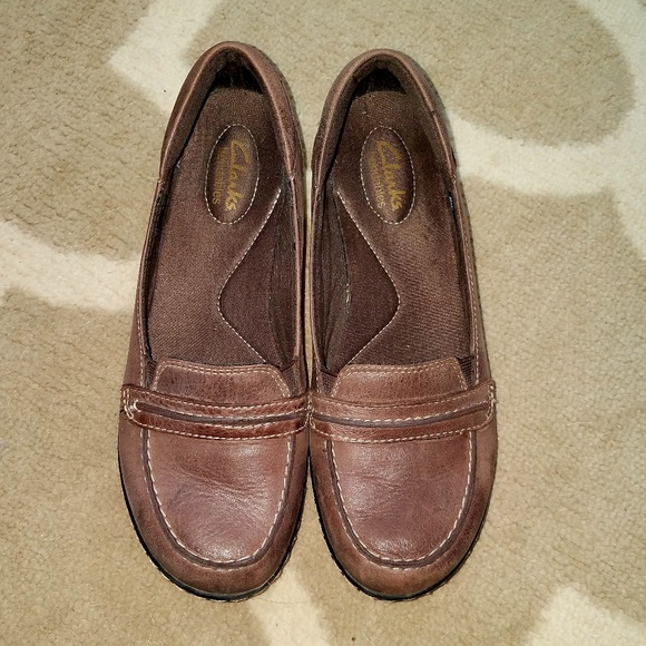 be98d3f3f1b Clarks Shoes - CLARKS Bendable 8 Distressed Leather Penny Loafers